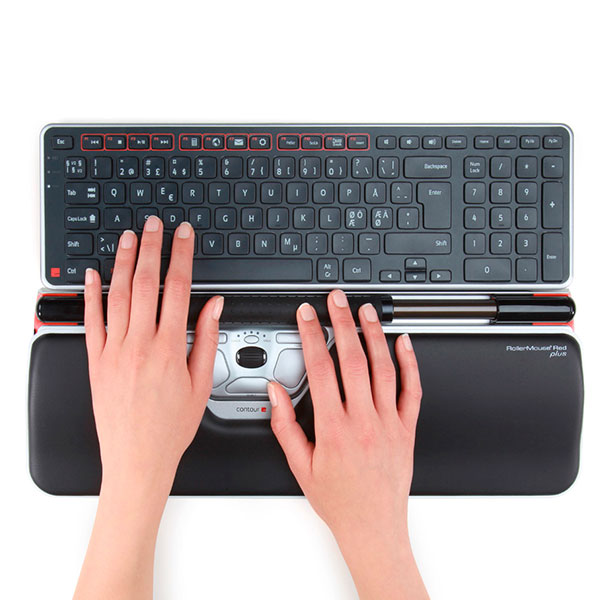 RM_Red-plus_with-hands_Balance_keyboard_72dpi-Ps
